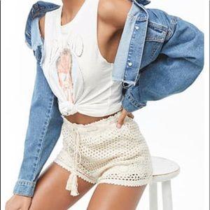 Forever 21 cream Crochet Shorts NWT